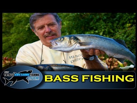 Bass fishing with Lures from a Boat – Totally Awesome Fishing Show