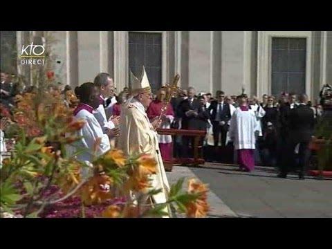 Messe de la Résurrection 2014 célébrée par le Pape François