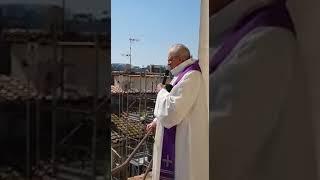 La Messa di Pasqua in terrazzo a Roma