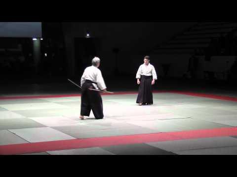 Toshiro Suga. Efficace…