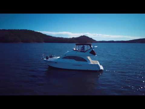 Meridian 381 Sedan video
