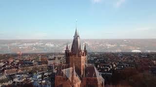 Oisterwijkse Joannes- en Petrus kerk vanuit de lucht