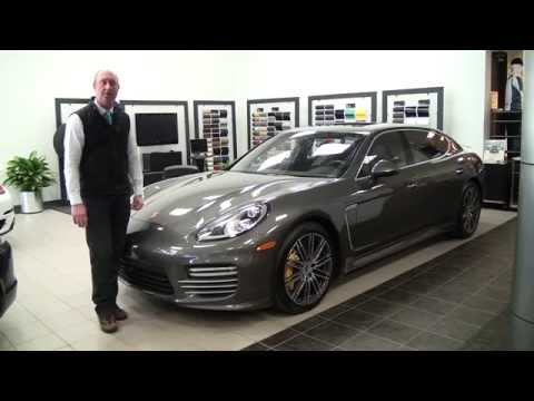 2015-Porsche-Panamera-Turbo-S-Executive-150237