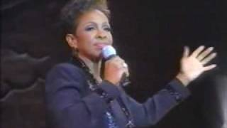 Apostolic Church Of God; Gladys Knight sings Oh Holy Night 1999