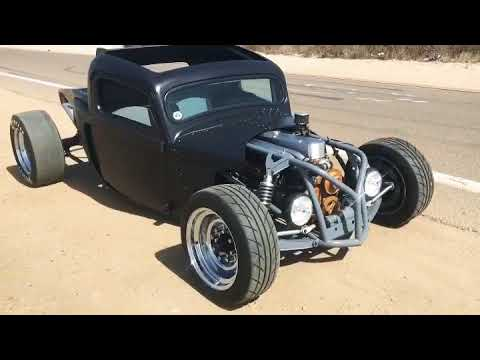Chopped 1951 Ford F1 on Air Ride | A Turnin Rust Extra