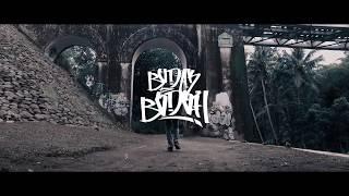 Download lagu Lilyo Budak Bodoh Mp3