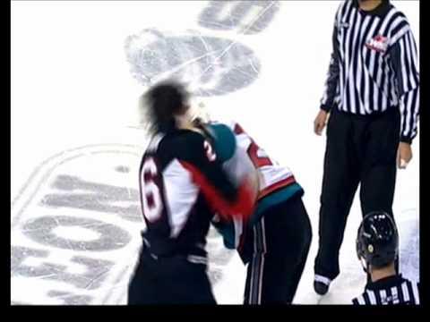 Jessey Astles vs. Campbell Elynuik