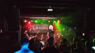 Econoline Crush - Sparkle and Shine (Live Clip)