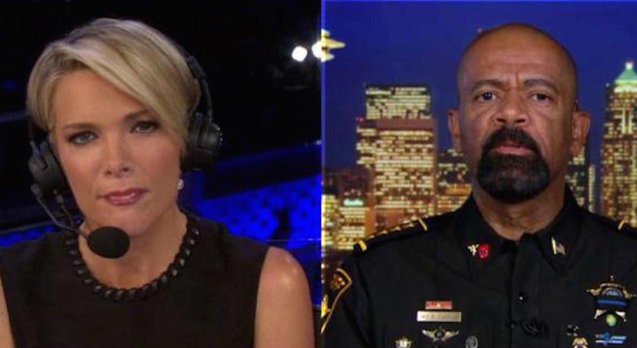 "Fox Sheriff: DNC ""Embracing Criminality"" Letting Trayvon's Mom Speak thumbnail"