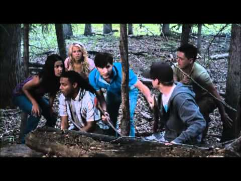 Tucker & Dale vs Evil Featurette