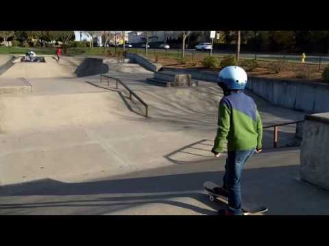 Life skateboarding at Reedville Creek Skate Park