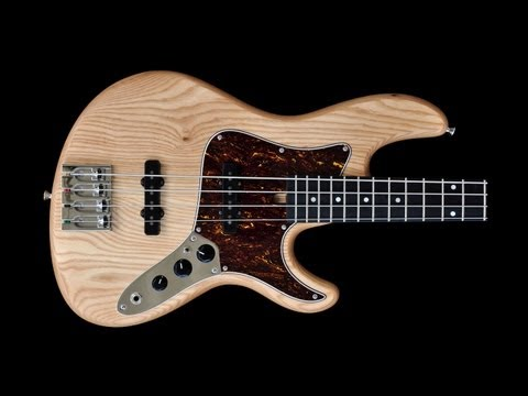 Jazz Custom - 4 String - Seymour Duncan Antiquity - Bass Demonstration