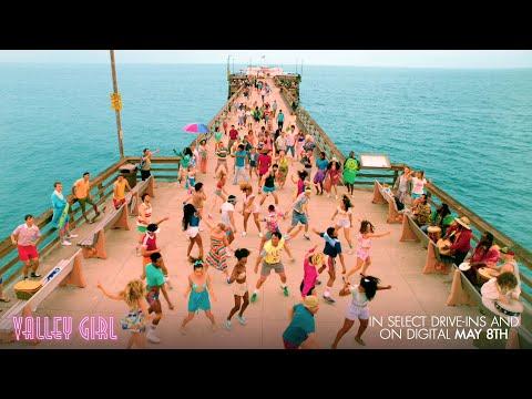 "Video trailer för VALLEY GIRL: Behind the Scenes - ""Dance"""