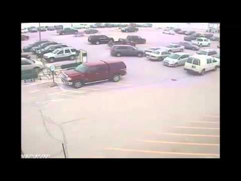 Elderly Man Slams In Nine Cars While Leaving Piggly Wiggly