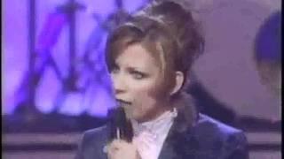 Martina Mcbride - Still Holding On (with lyrics)
