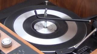 HMV Stereomaster 2330 radiogram service - pt1 Overview & BSR UA70 lubrication