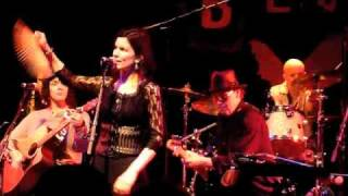 10,000 Maniacs - My Sister Rose - House of Blues - April 16, 2011