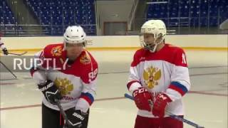 Russia: Putin joins ice hockey training session with Jean-Claude Killy in Sochi