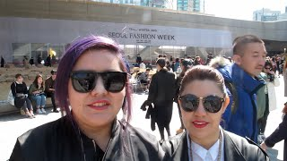 preview picture of video 'Semana de la Moda en Seúl (Seoul Fashion Week 2015 S/S - 서울패션위크)'