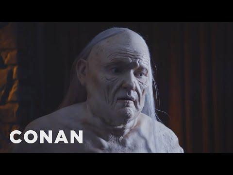 Conan jde po vzoru Melisandry z Hry o trůny do naha