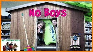 Boys vs Girls Fort Wars - No Boys Allowed! / That YouTub3 Family