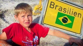 GeSTRANDet in Brasilien! Ash wird im Sand eingebuddelt - TipTapTube
