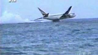 Ethiopian Airlines Flight 961 Crashes