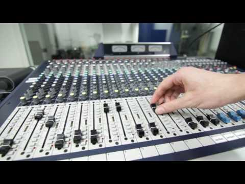 Sound Engineering Course at Access to Music - YouTube