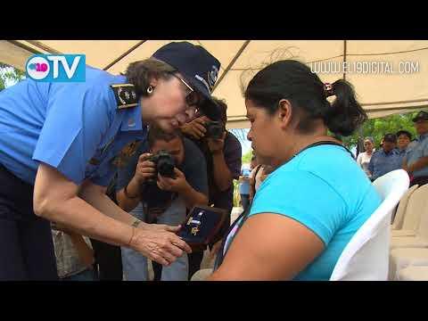 Rinden homenaje póstumo a oficial de la policía Juana Francisca Aguilar