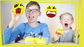 СМАЙЛ ЧЕЛЛЕНДЖ Повтори Смайлики Эмоджи в Реальной Жизни Emoji Smile Challenge