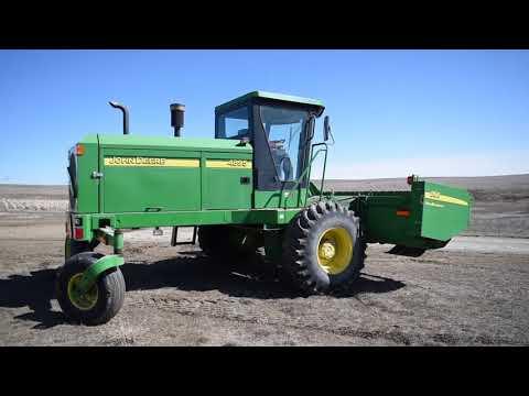 2005 John Deere 4895 Swather