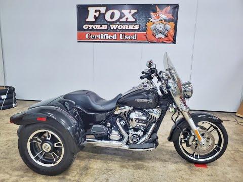 2016 Harley-Davidson Freewheeler™ in Sandusky, Ohio - Video 1