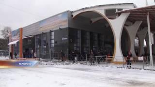 Снегопад парализовал дороги Кемерова