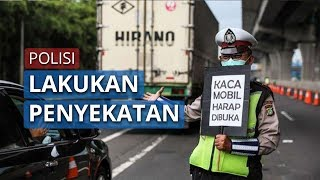 Polisi Lakukan Penyekatan di Exit Tol Paspro untuk Cegah Masyarakat Keluar dari Kawasan PSBB