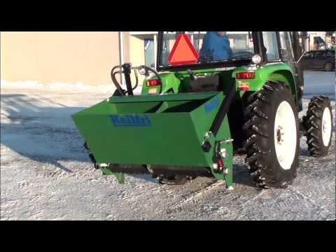 Salzstreuer 1250 L 2,1 m Traktor Streuer Selbstladung Salz Winterdienst Sand Heckstreuer