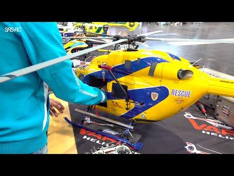 BIG DETAILED RC HELI BK117 FULL FUNCTIONALITY // ROBIN ADAMSCHAK // VARIO HELICOPTER // RC AIRBUS