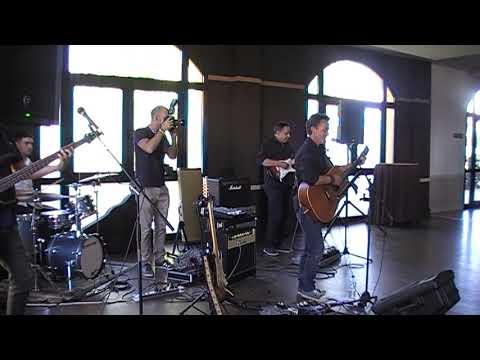 """No puedo vivir sin tí"" cover by Floripes Band"
