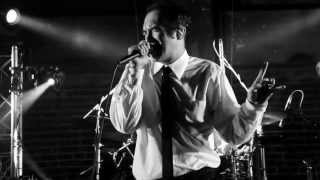 Cherry Poppin' Daddies - Doug The Jitterbug [Official Video]