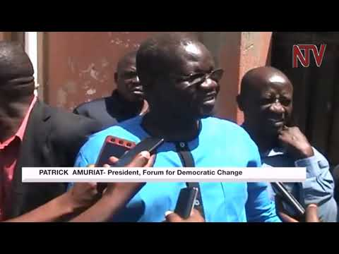 Police fires teargas to disperse angry Besigye supporters in Mubende
