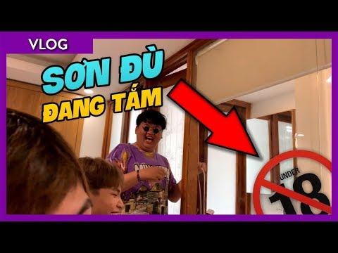 Sơn Đù bị team Oops Club troll trong nhà tắm trong suốt | Channy Vlog Nha Trang