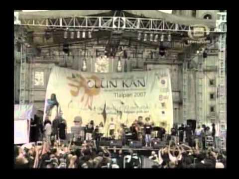 12 Banda Bassotti - Bella Ciao (Zócalo de México)