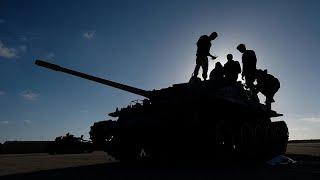 Kampfjet Der Haftar-Truppen Offenbar über Tripolis Abgeschossen