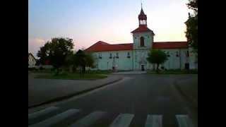 preview picture of video 'Podklasztor wieczorem'