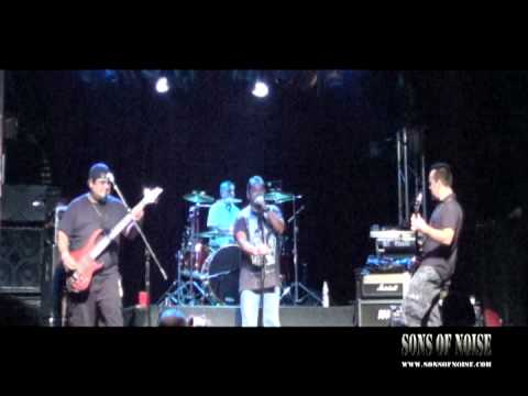 """Sons of Noise performing """"Gravity"""" @ Trees Dallas TX 08/10/12"""