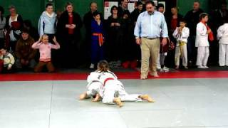 "How to do judo: A 7 year old girl judo fighter. Read ""more info"""