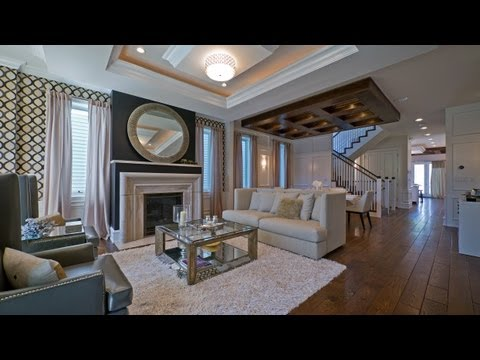 A luxuriously appointed new West Lakeview home