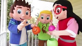 Ellie Plays Easy DIY Halloween Costume Game With PJ Masks Catboy Owlette And Paw Patrol Skye