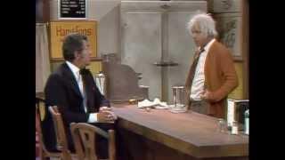 Dean Martin & Tim Conway - The Oldest Man (Diner)