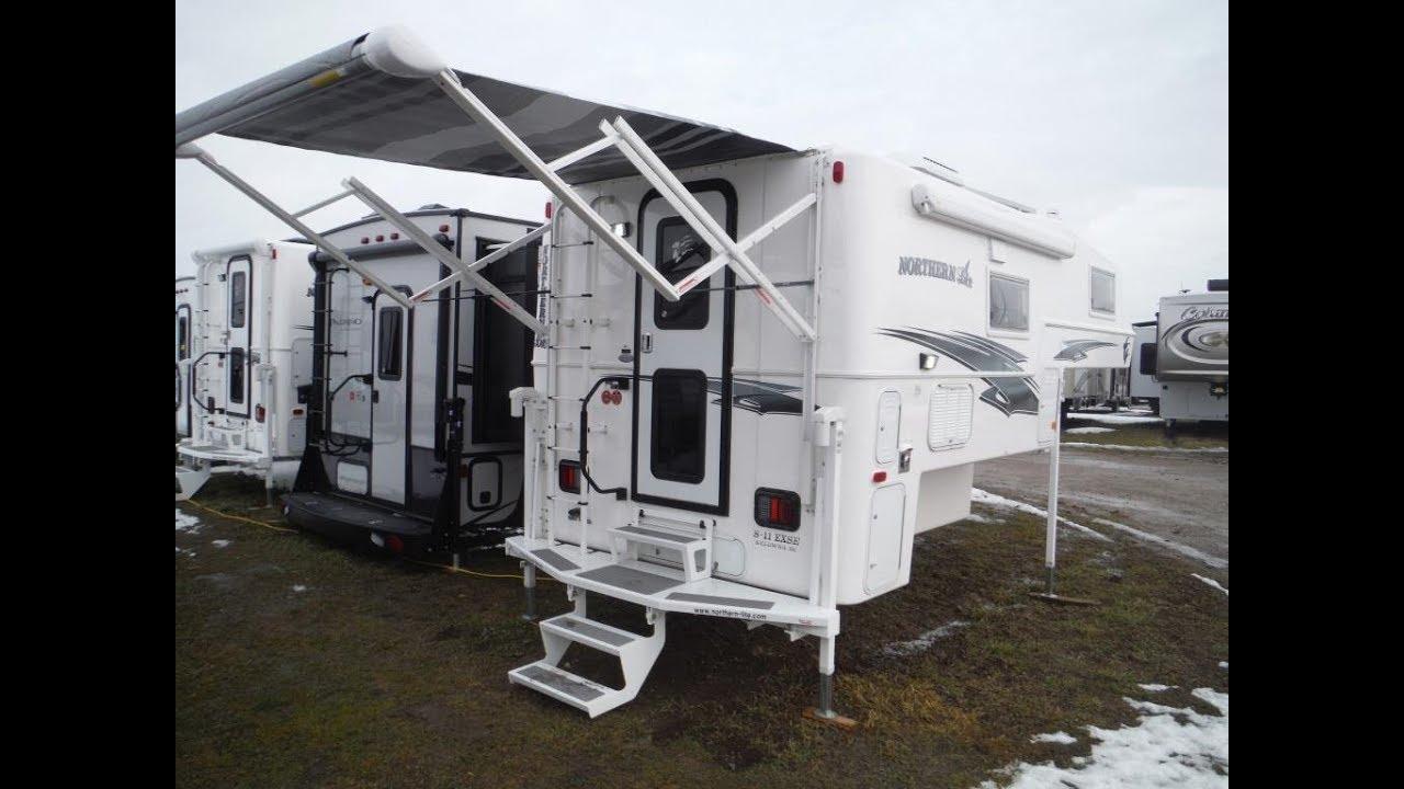 """2018 Northern Lite 8'11"""" EX Dry Bath SE Truck Camper"""