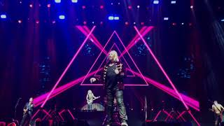 Def Leppard - Man Enough (LIVE)